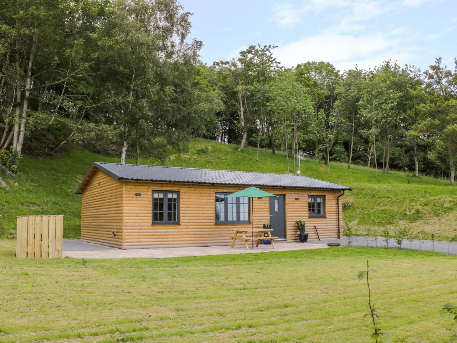 Ryedale Country Lodges - Willow Lodge - Whitby & North Yorkshire - 1011653 - photo 1