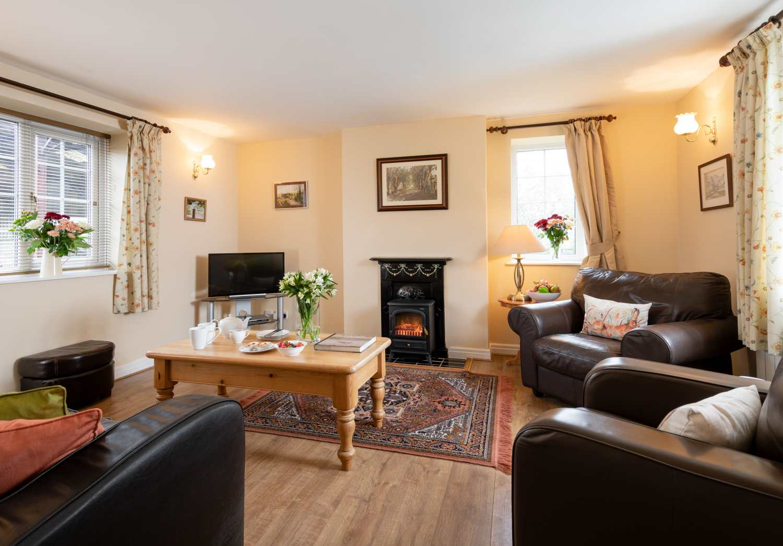 Honeycomb Cottage - Whitby & North Yorkshire - 1015788 - photo 1
