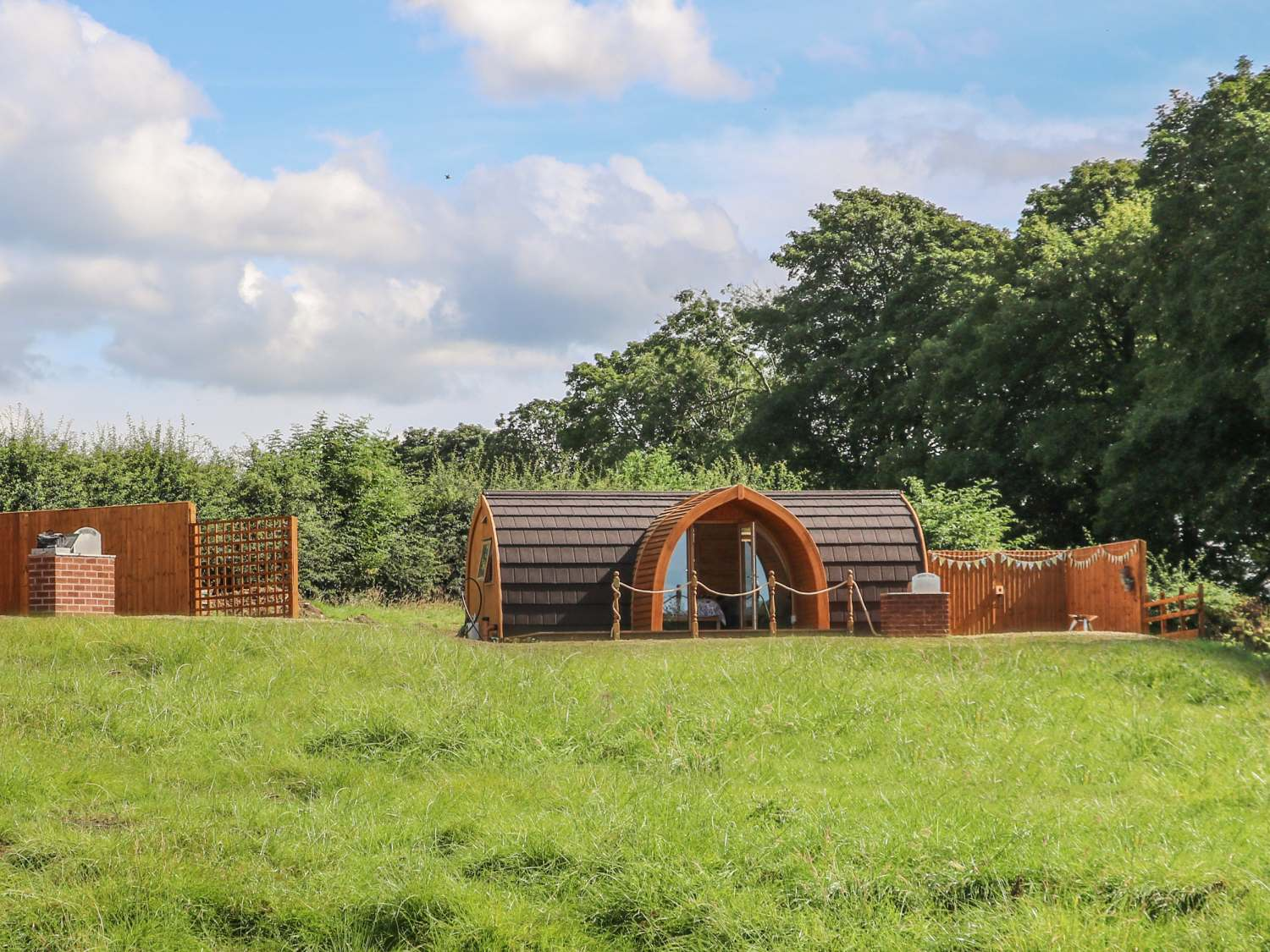 Daisy @ Hedgerow Luxury Glamping - Yorkshire Dales - 1017005 - photo 1