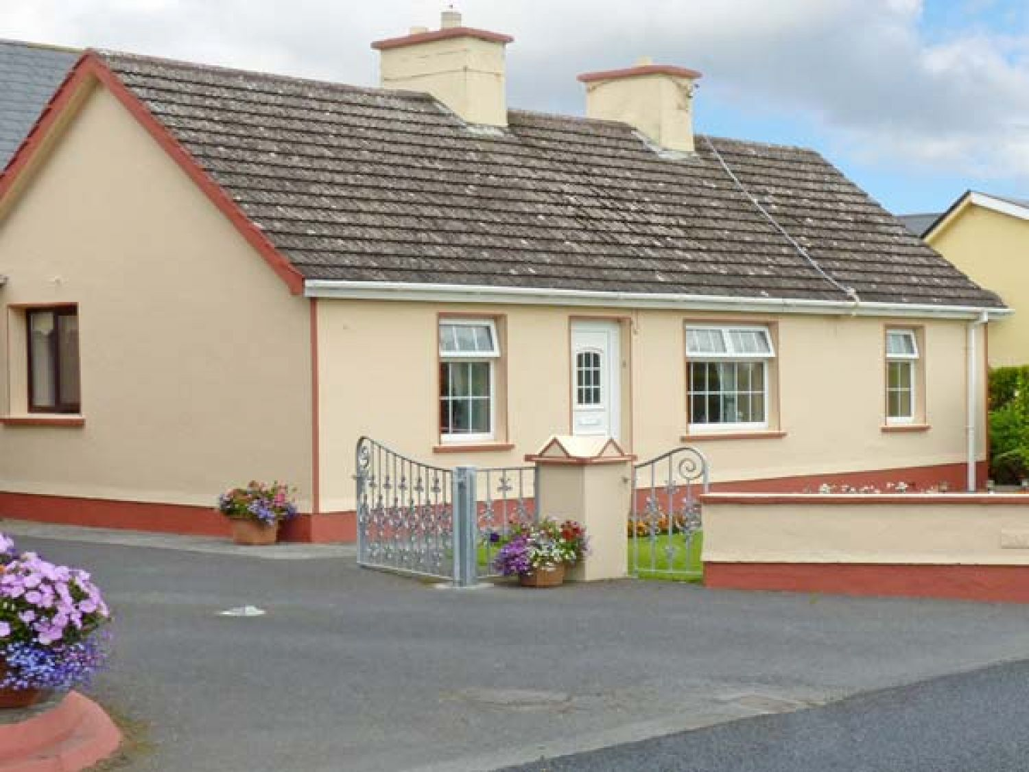 K C Cottage - County Clare - 10373 - photo 1