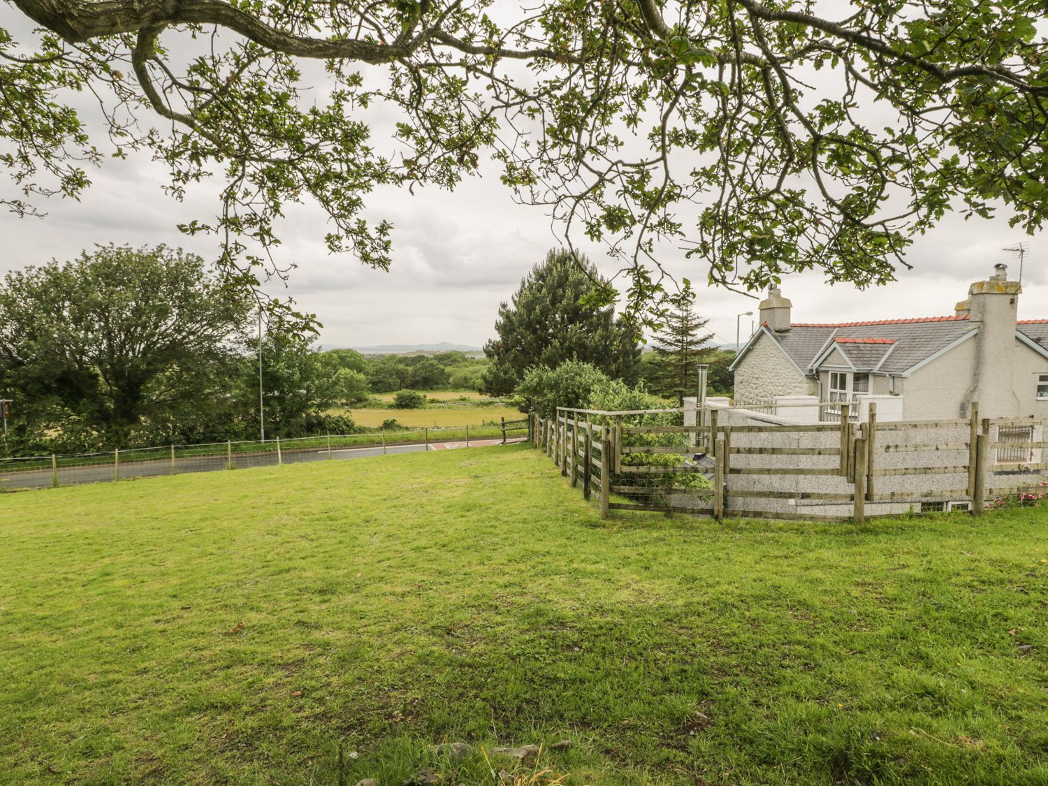The Annexe - North Wales - 10636 - photo 1