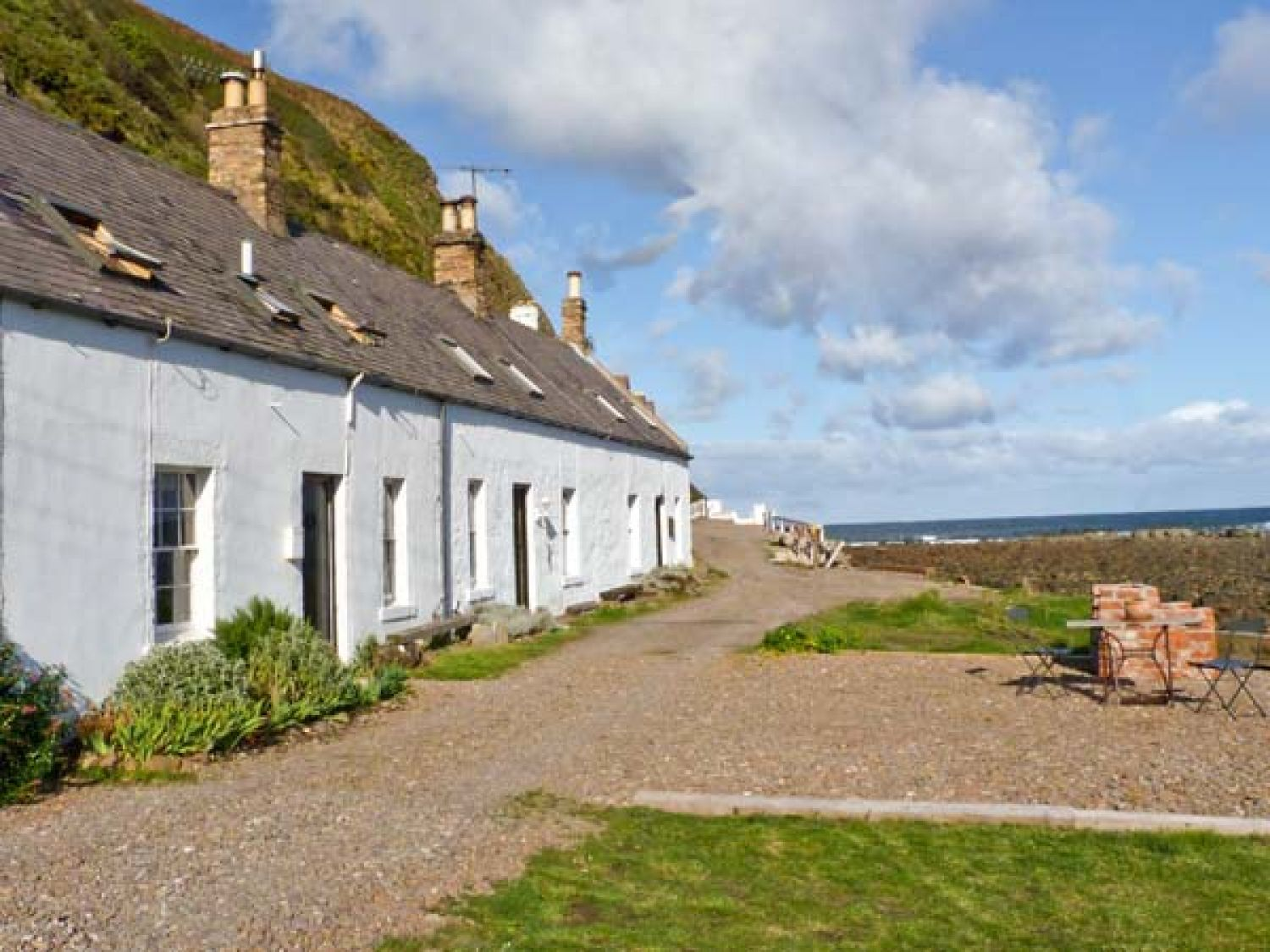 Shoreside Cottage - Scottish Lowlands - 11232 - photo 1