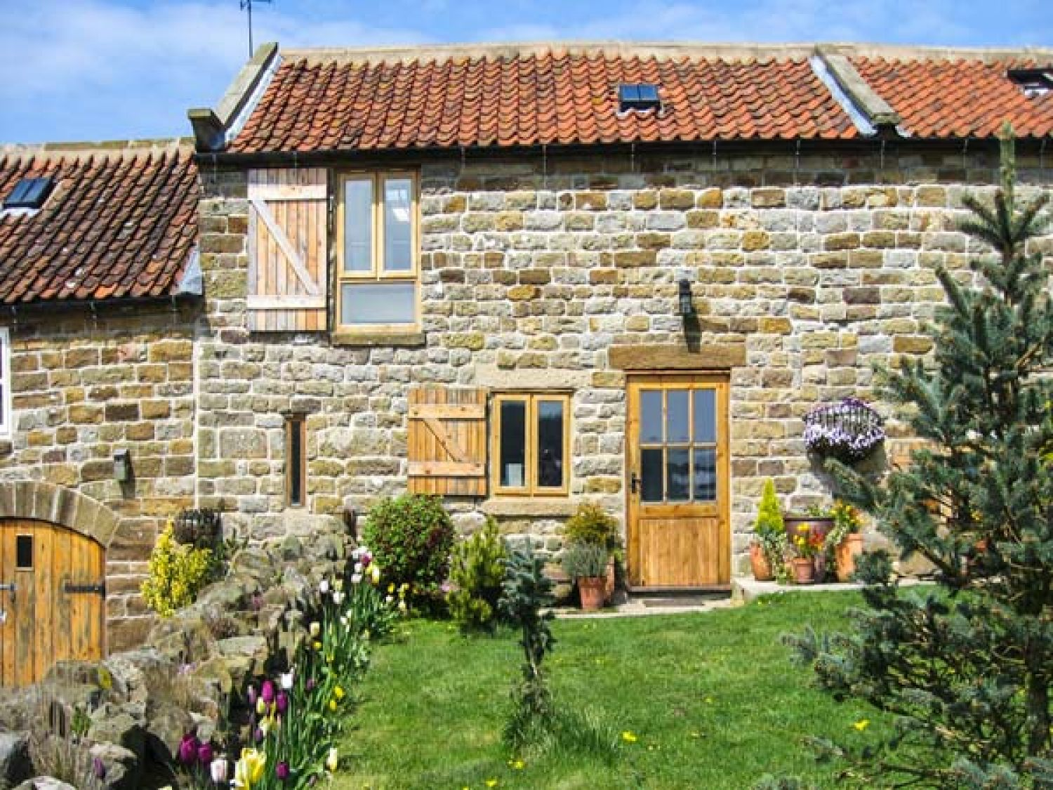 Honey Bee Cottage - Whitby & North Yorkshire - 1195 - photo 1