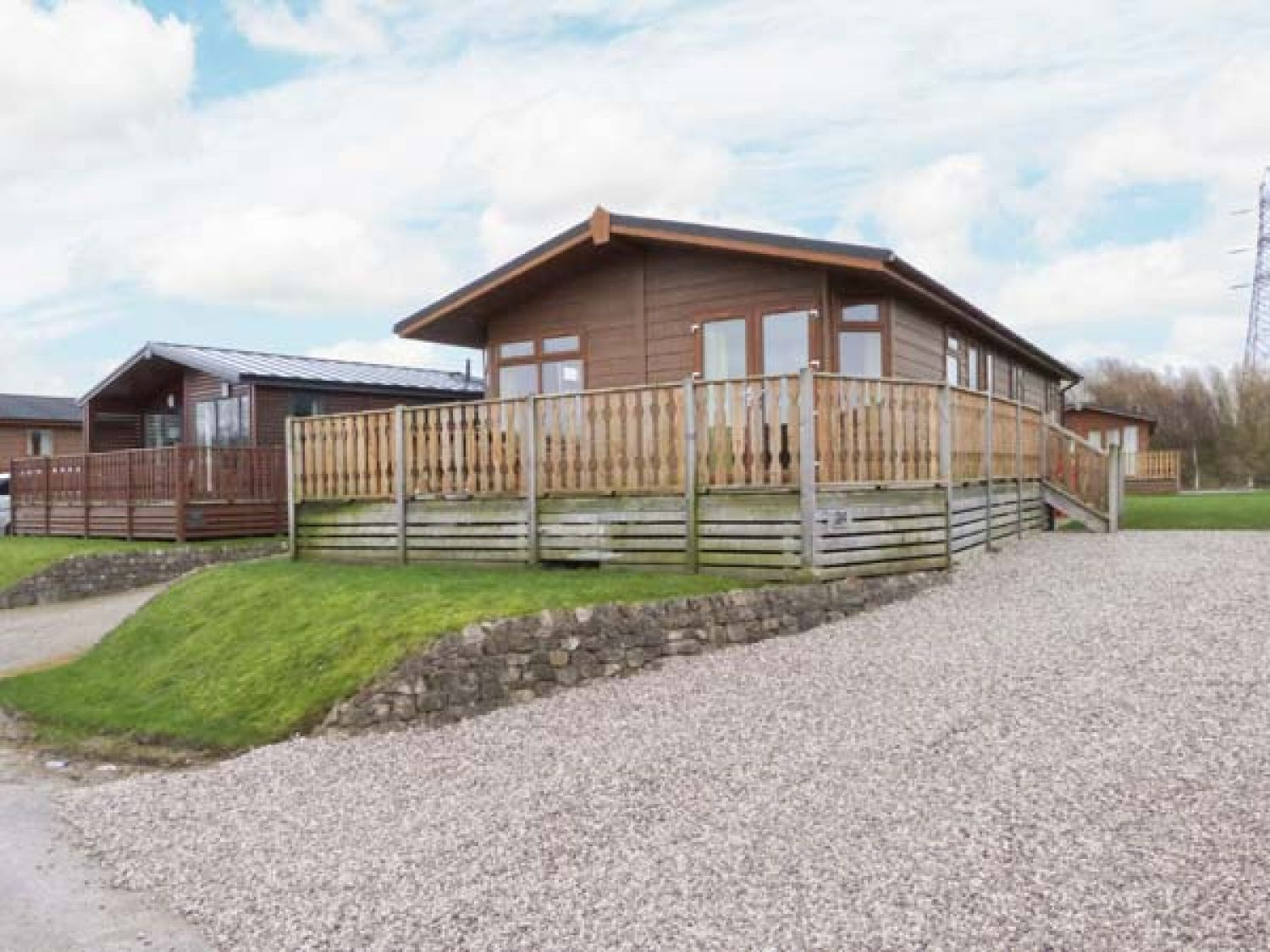 Gressingham twenty four south lakeland leisure village carnforth the lake district and for Lake district cottages with swimming pool
