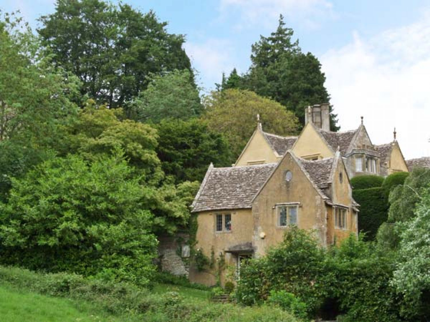 Court House Uley Self Catering Holiday Cottage