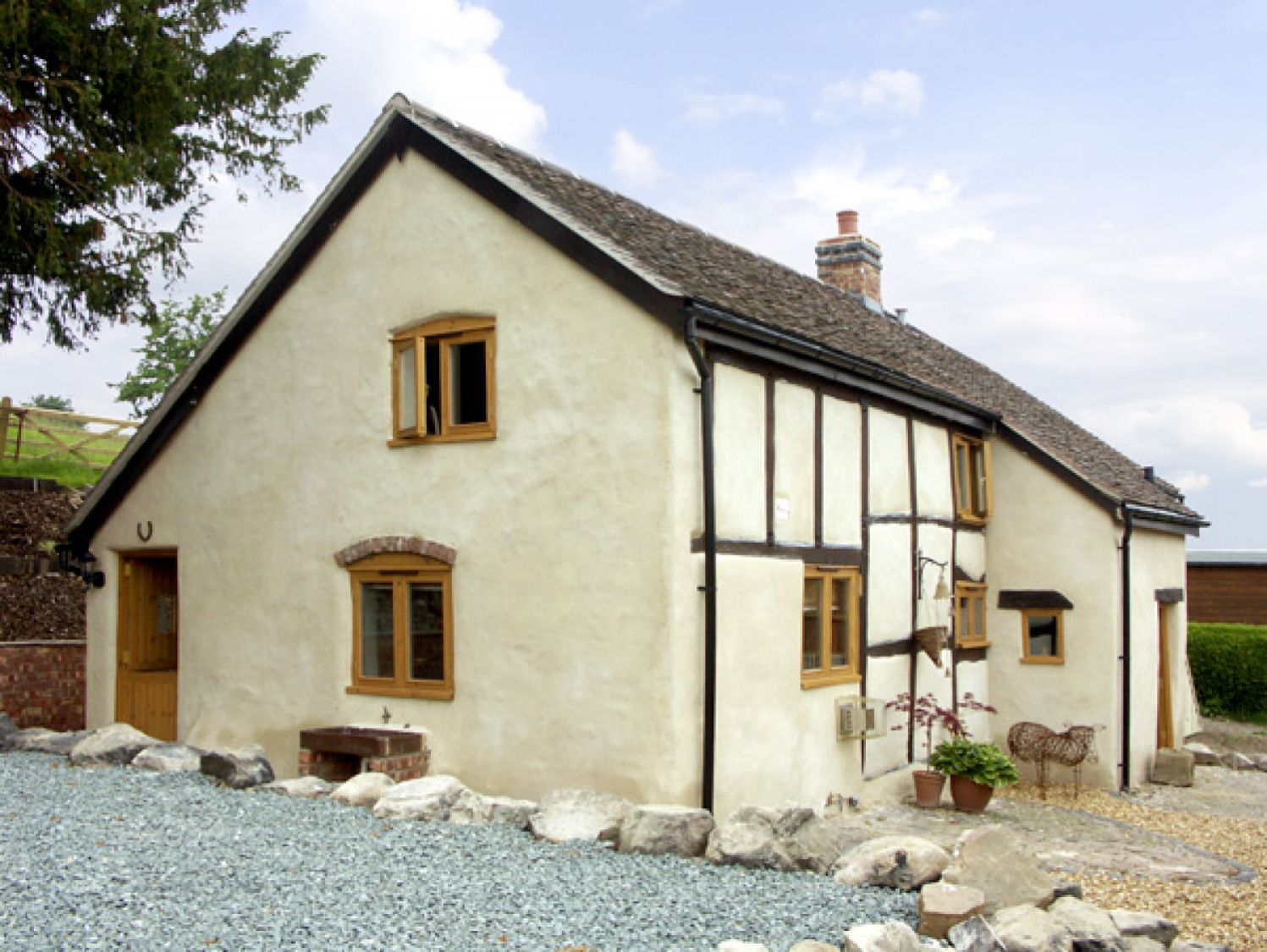 Holly Cottage, Lower Wood nr. Church Stretton | Sykes Cottages