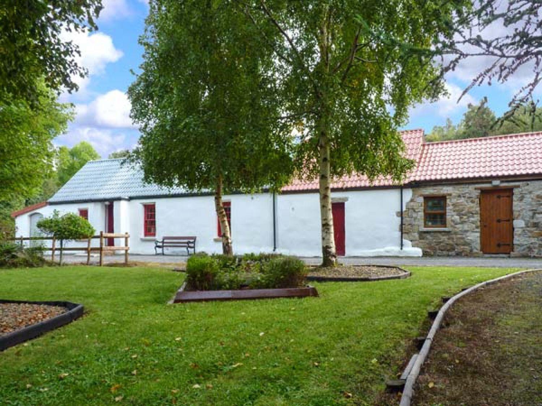 romantic cottage rental overlooking ireland clarissa terrace la villa ravello the cottages wide honeymoon