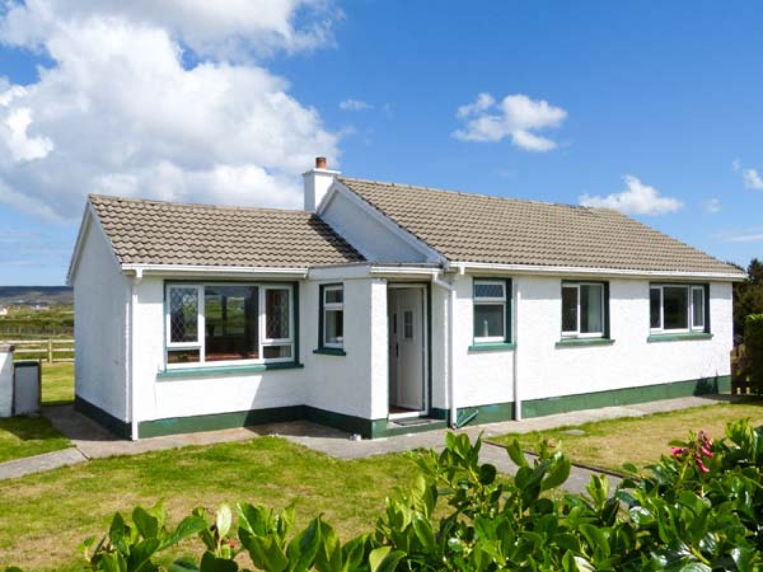 Maggie's Cottage - County Donegal - 24002 - photo 1