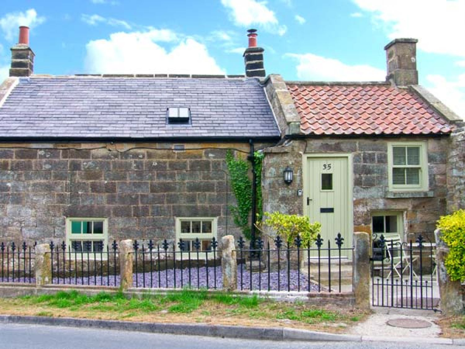 Holly Tree Cottage - Whitby & North Yorkshire - 25346 - photo 1