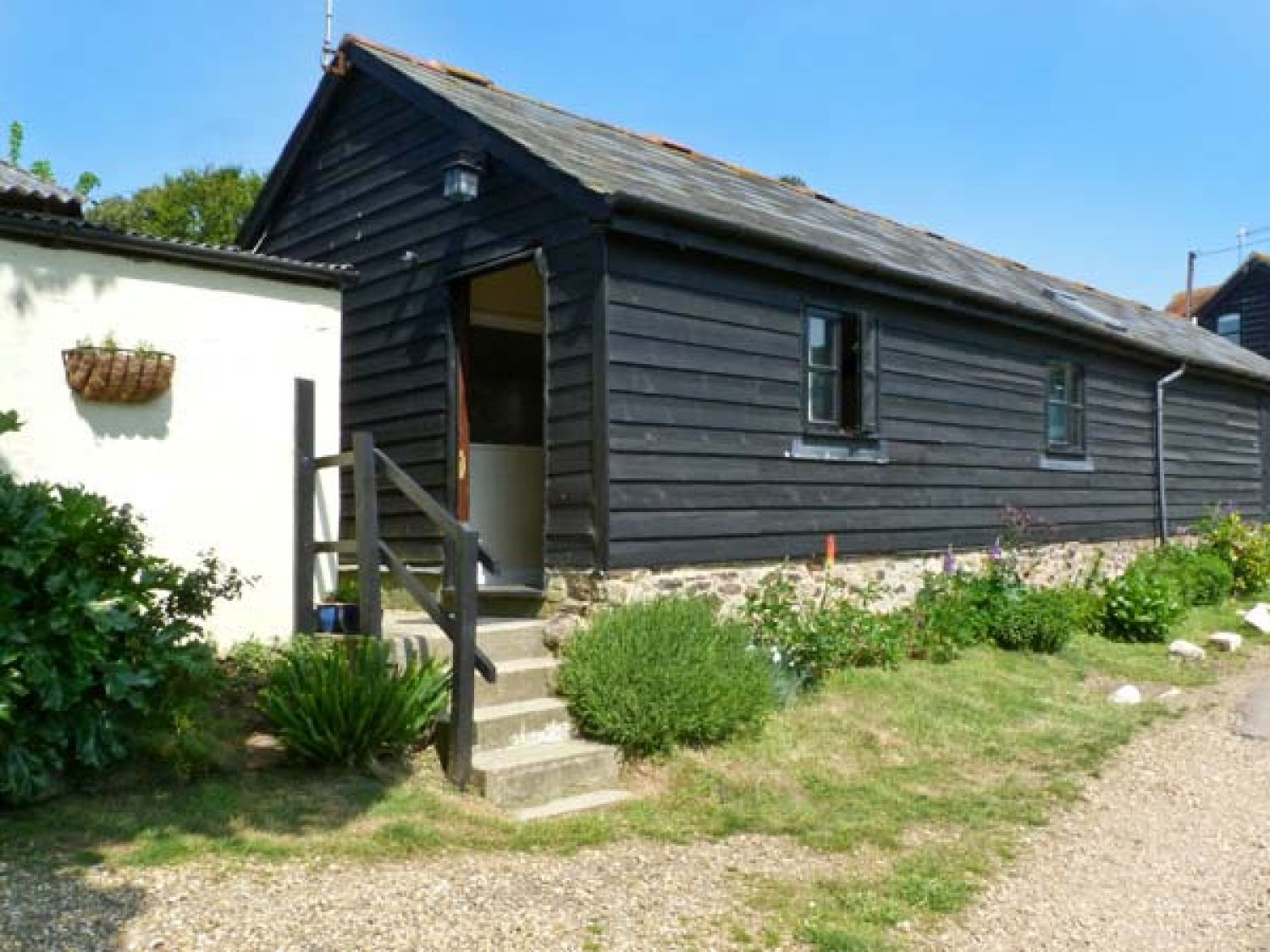 Sycamores Barn - Isle of Wight & Hampshire - 26199 - photo 1