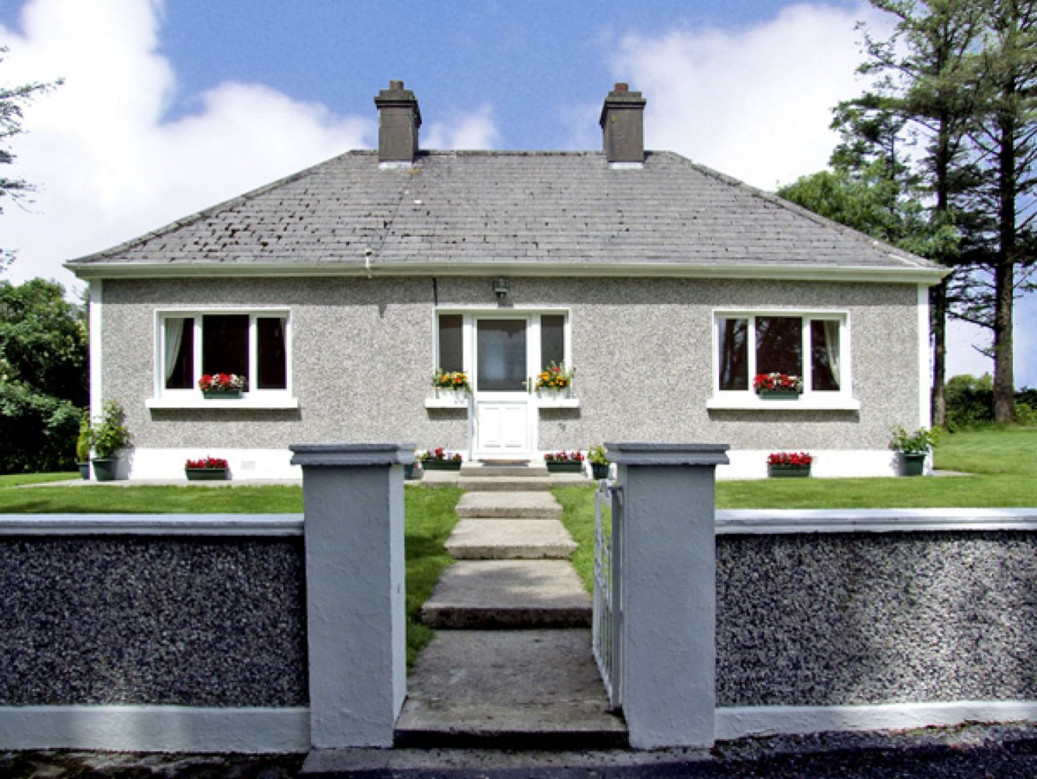 Gortna Gloss - South Ireland - 2635 - photo 1