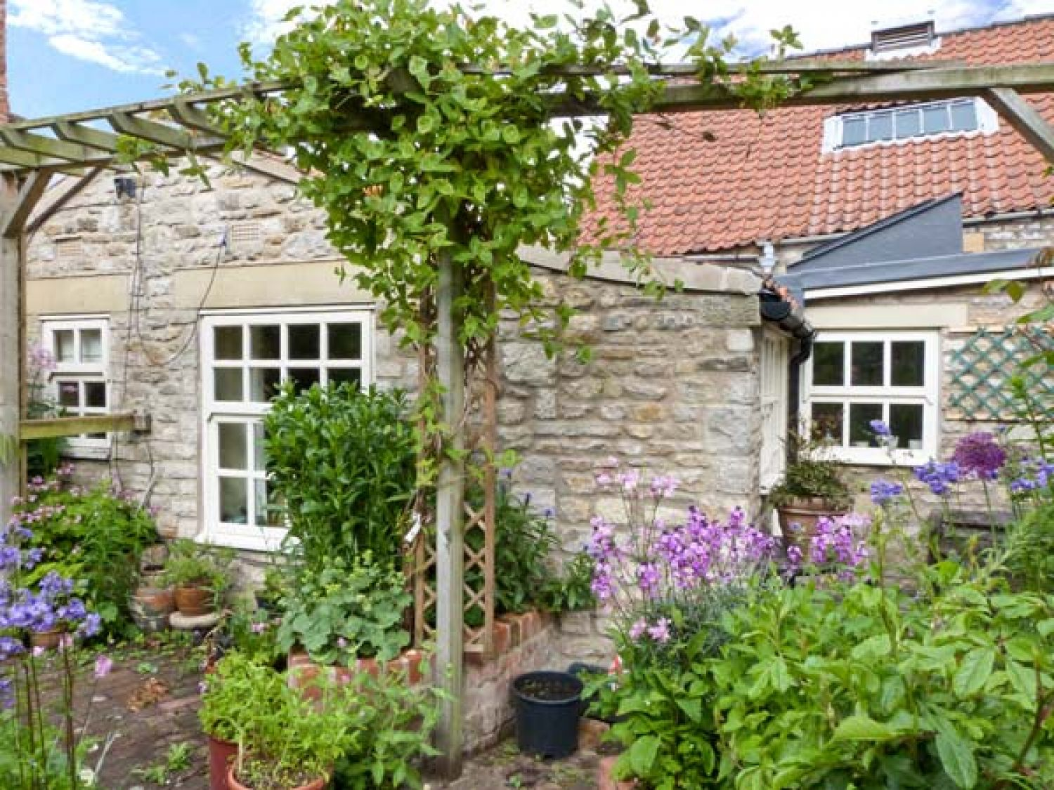 Coronation Cottage Helmsley North York Moors And Coast