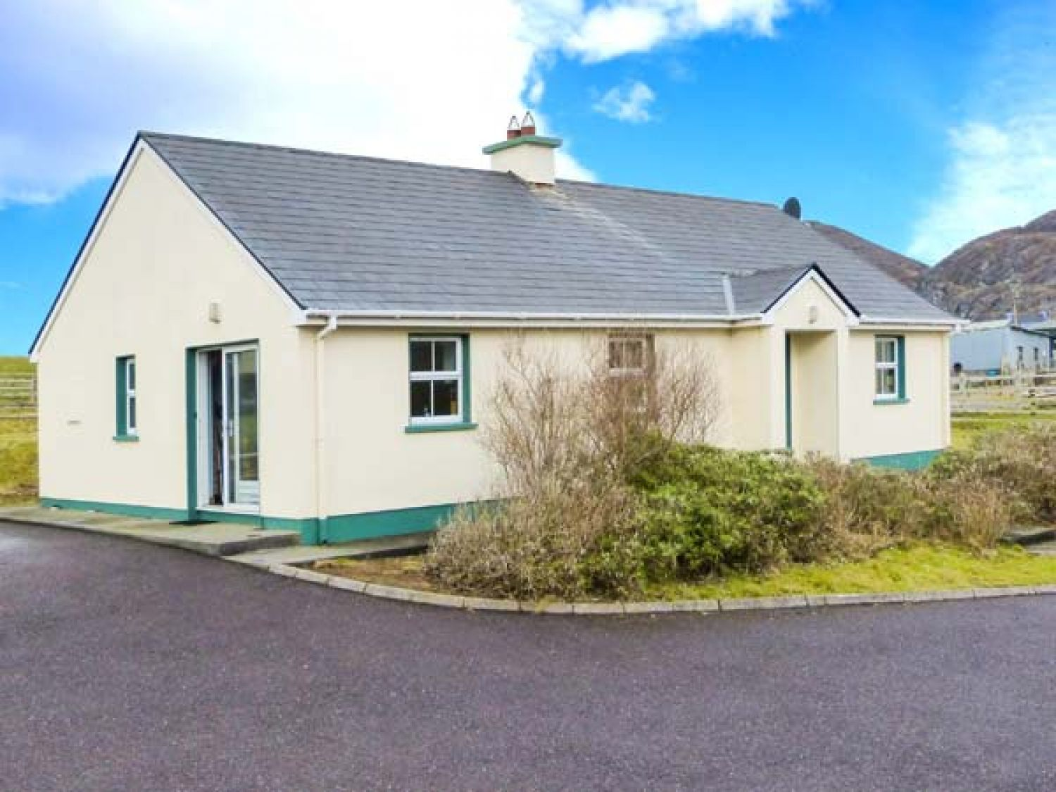 Beara 1 - Kinsale & County Cork - 27856 - photo 1