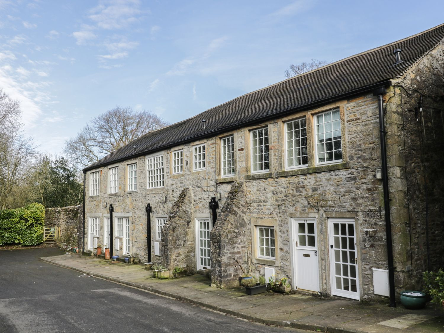 mill apartment airton yorkshire dales self catering holiday rh sykescottages co uk