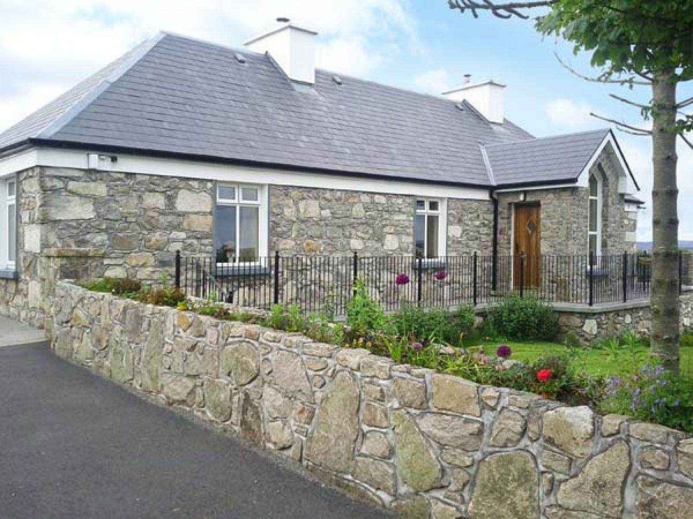 Prague House - Shancroagh & County Galway - 3647 - photo 1