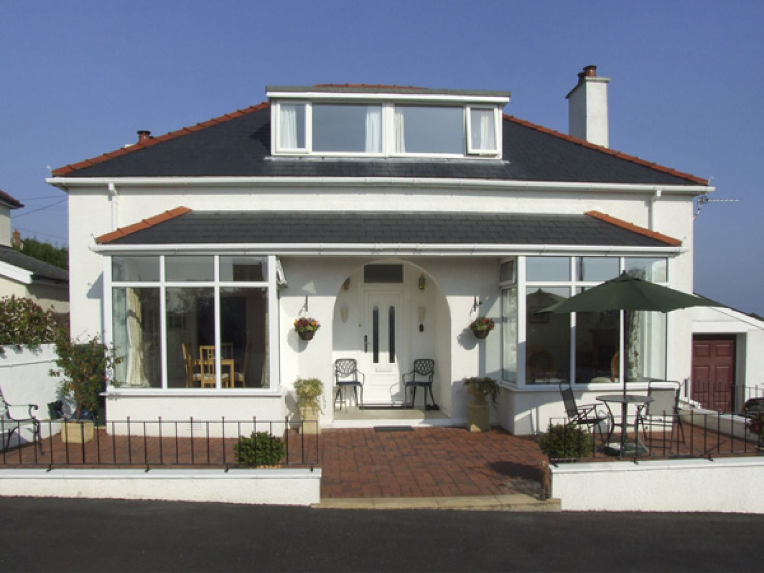 Ceris Benllech Self Catering Holiday Cottage