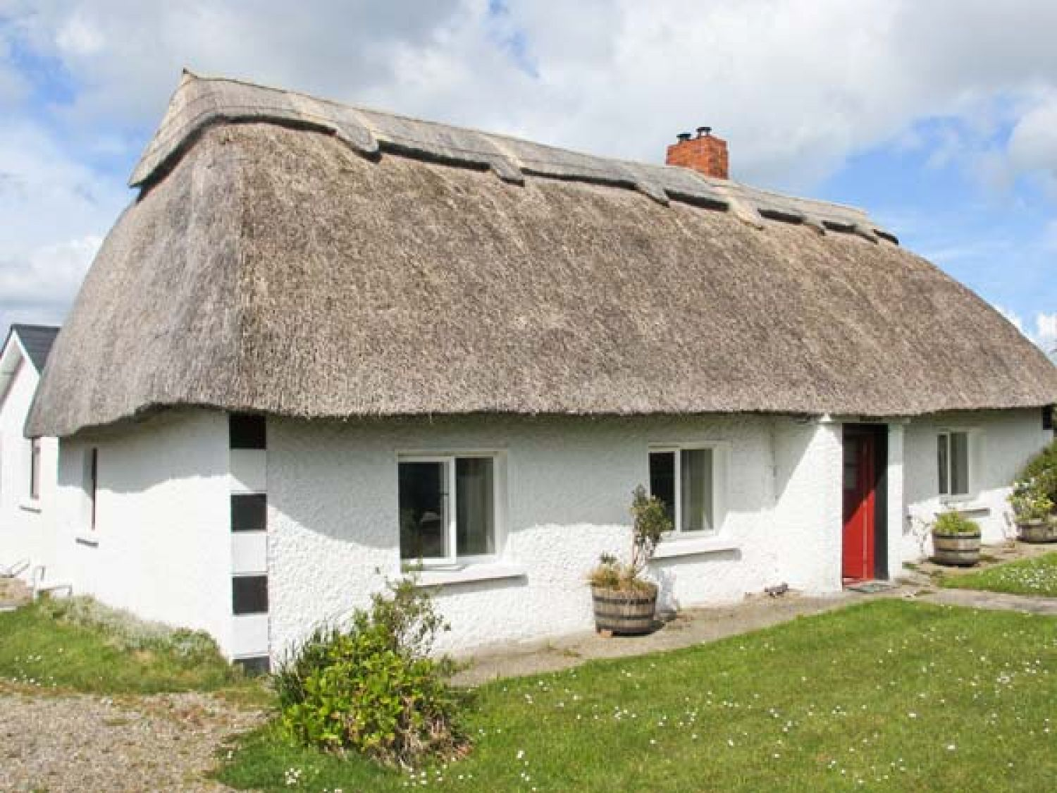 Strawhall Gorey County Wexford Ballygarrett Self Catering Holiday Cottage