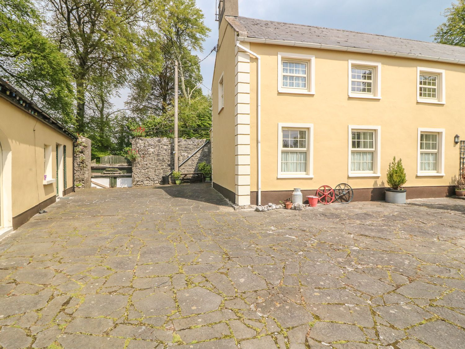 The Stables - County Clare - 4610 - photo 1