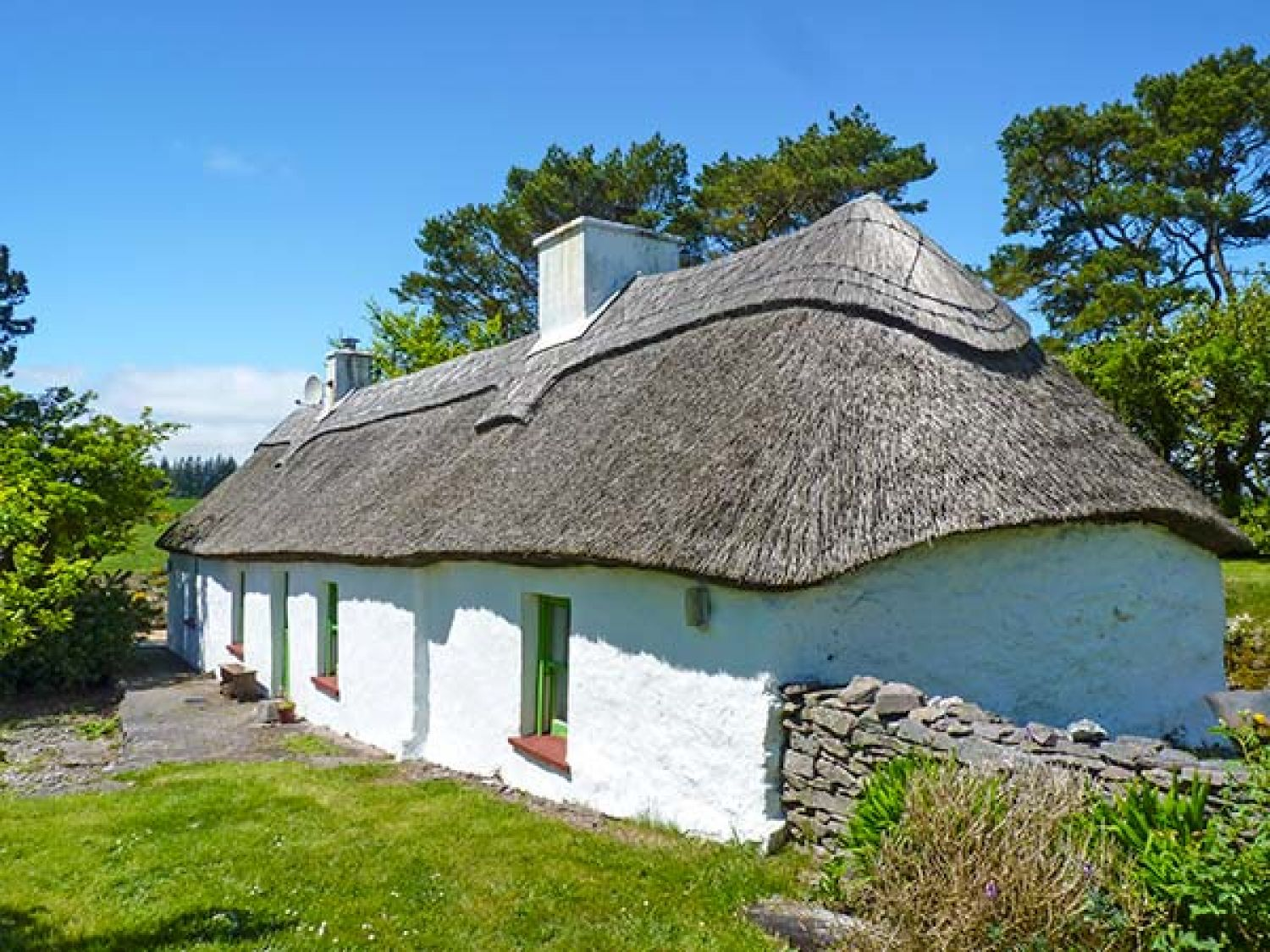 Mick Moore's Cottage - South Ireland - 4611 - photo 1