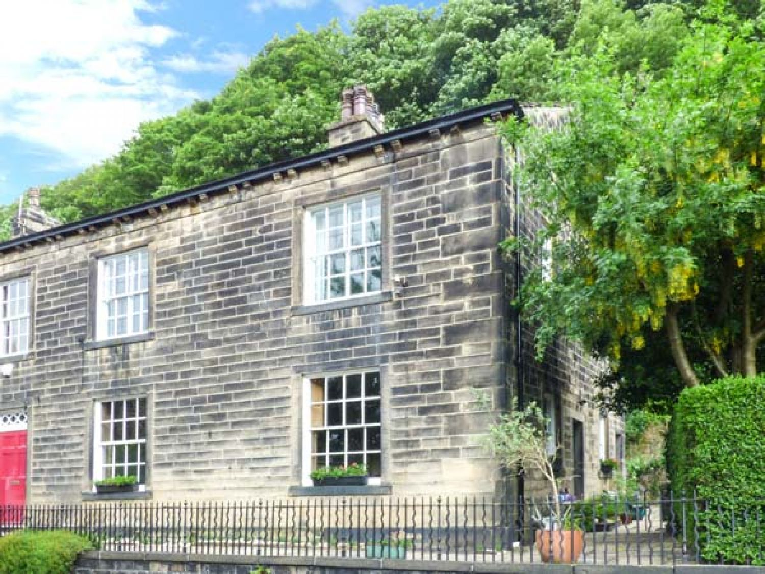 The Stamp Office - Yorkshire Dales - 5383 - photo 1