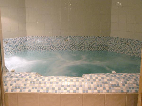Bubble bathroom nutting