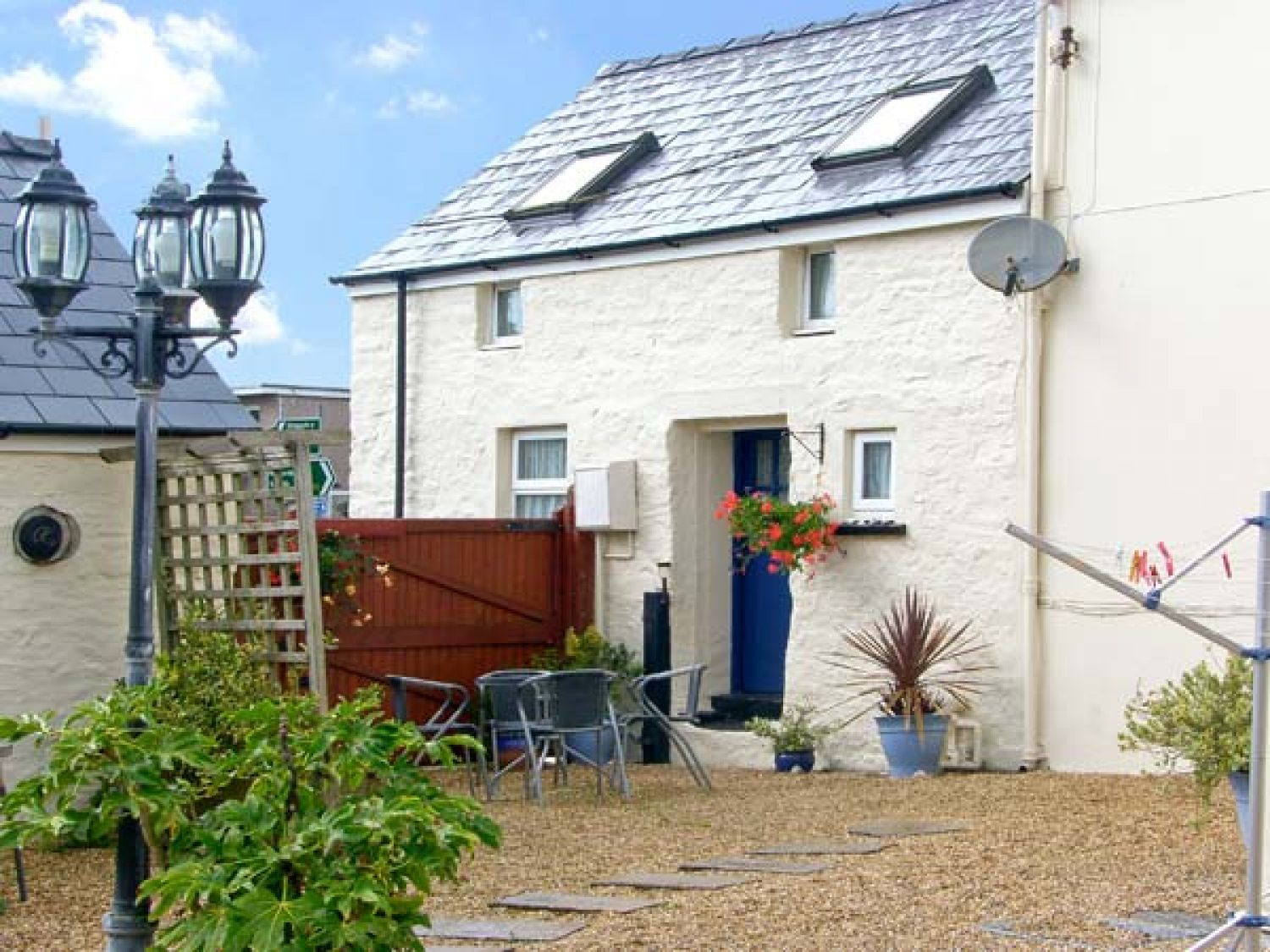 Sun Rise Cottage - South Wales - 8327 - photo 1