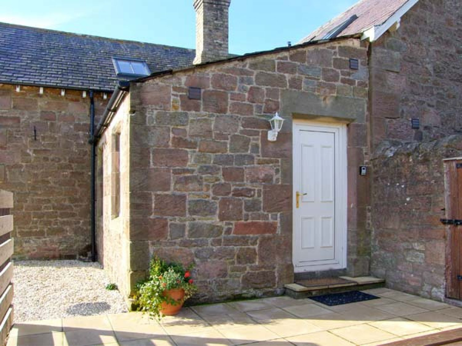 Cuthbert's Cottage - Northumberland - 904067 - photo 1