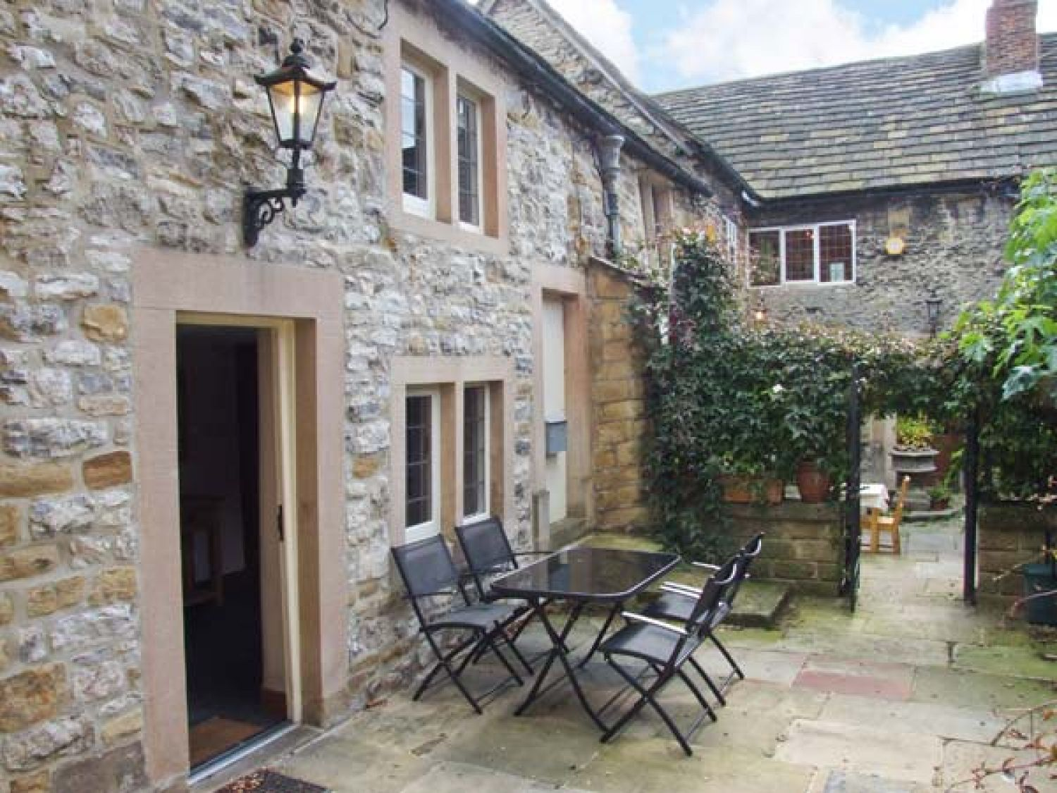 Kings Court Cottage - Peak District - 904647 - photo 1