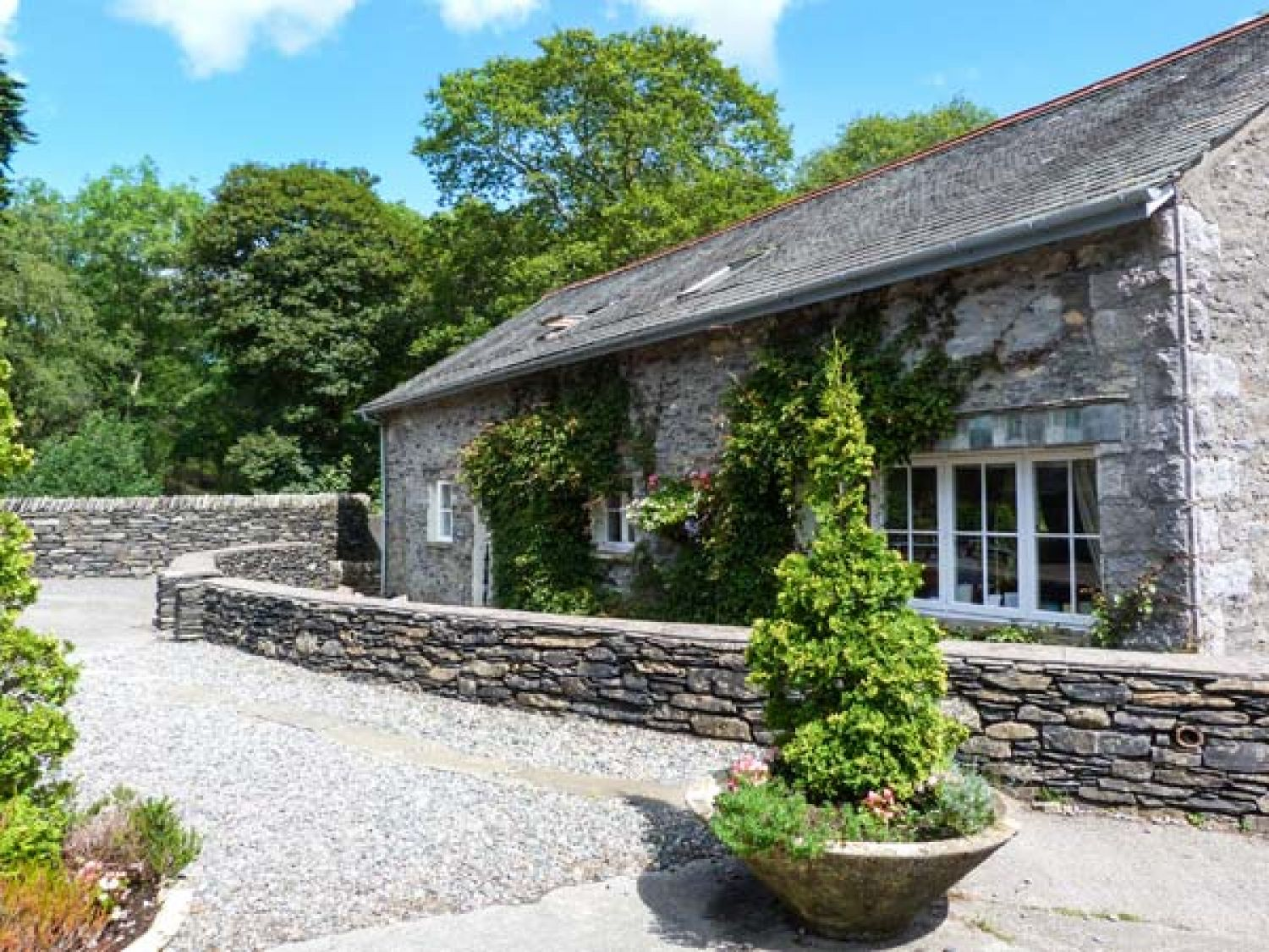 Bull Pen Hawkshead Force Mills The Lake District And Cumbria Self Catering Holiday Cottage