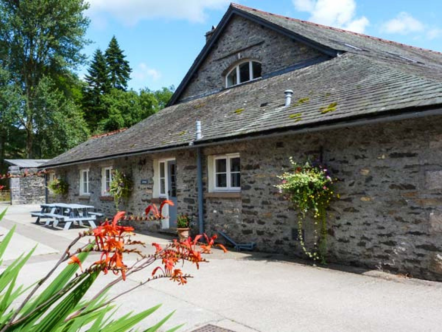 Eel House Hawkshead Force Mills The Lake District And Cumbria Self Catering Holiday Cottage