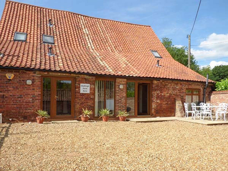 Hadleigh Farm Barn - Norfolk - 914136 - photo 1