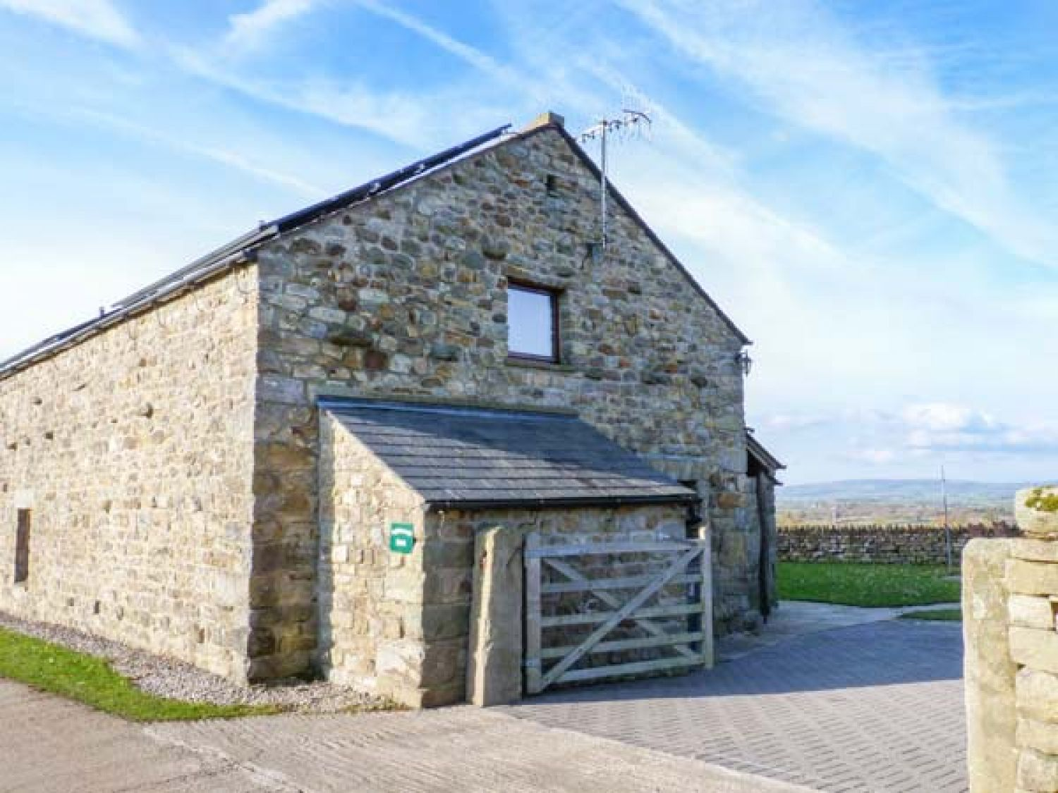 Ingleborough Barn - Yorkshire Dales - 914896 - photo 1