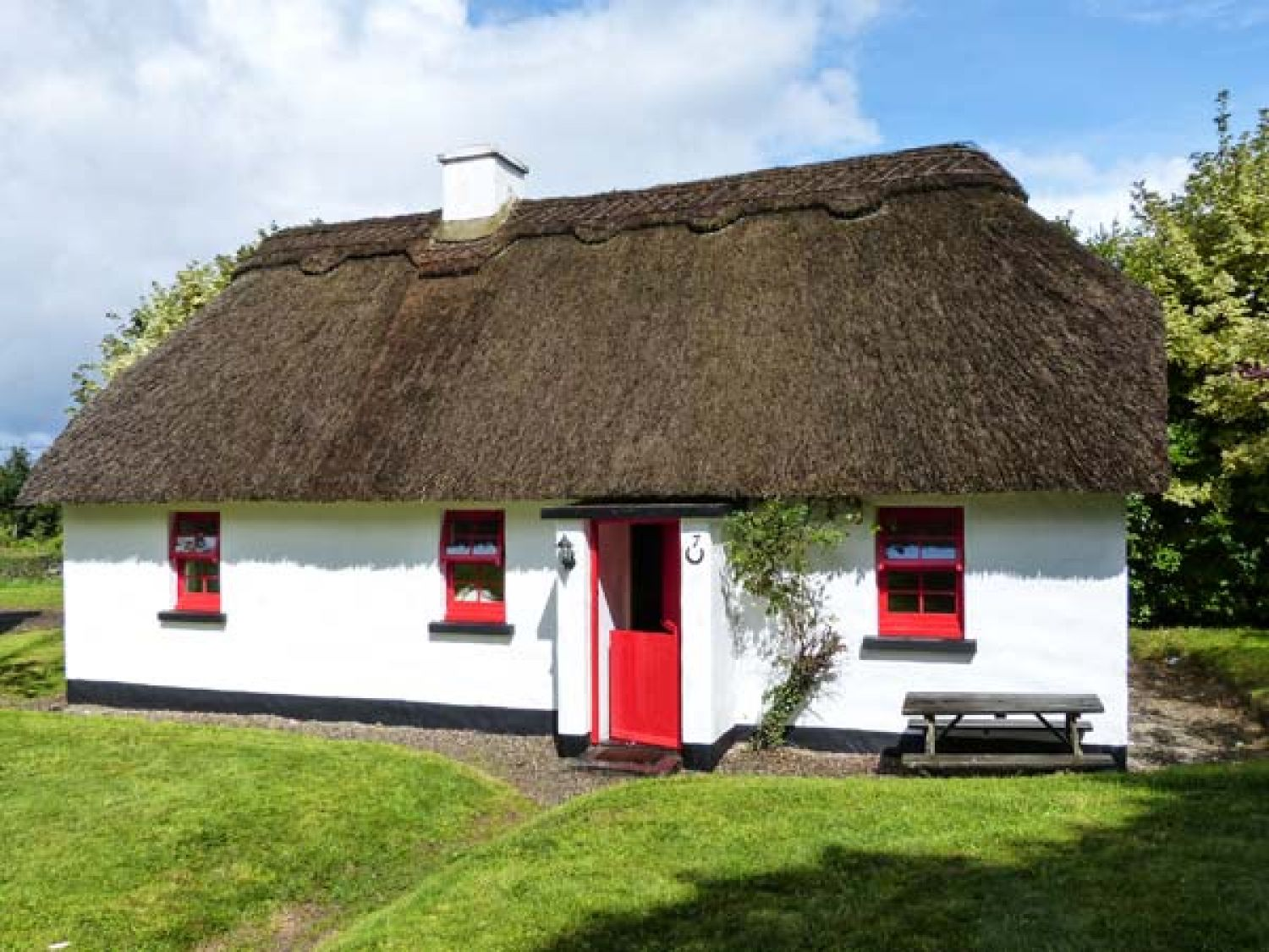 No. 7 Tipperary Thatched Cottages - South Ireland - 915742 - photo 1