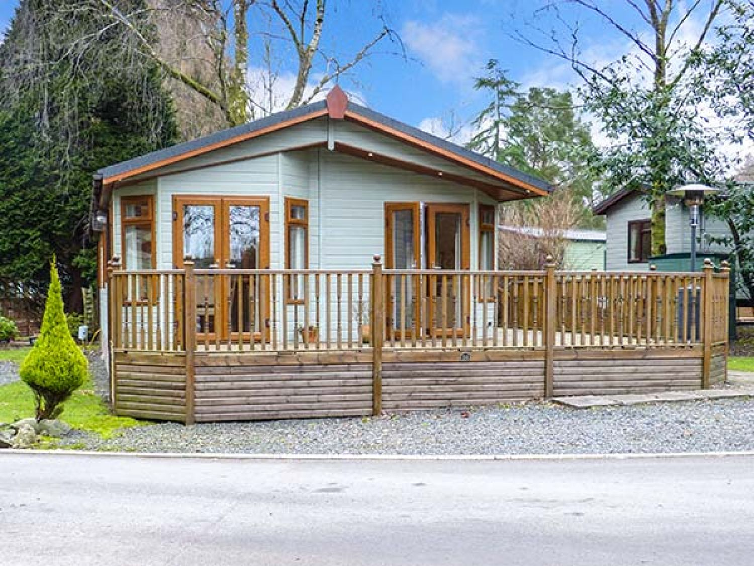 Tulip Lodge White Cross Bay Troutbeck Bridge The Lake District And Cumbria Self Catering