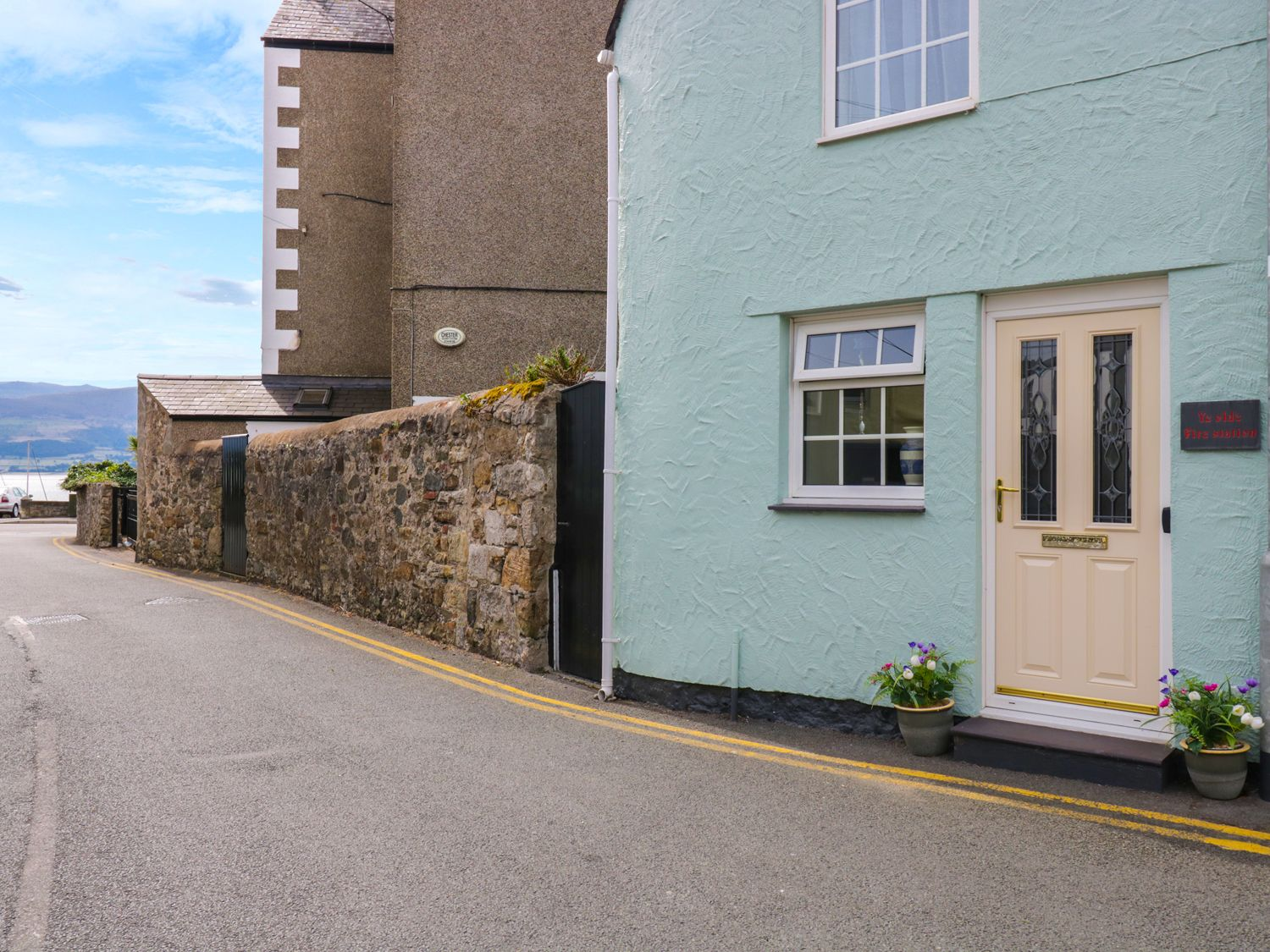 The Old Fire Station - Anglesey - 921802 - photo 1