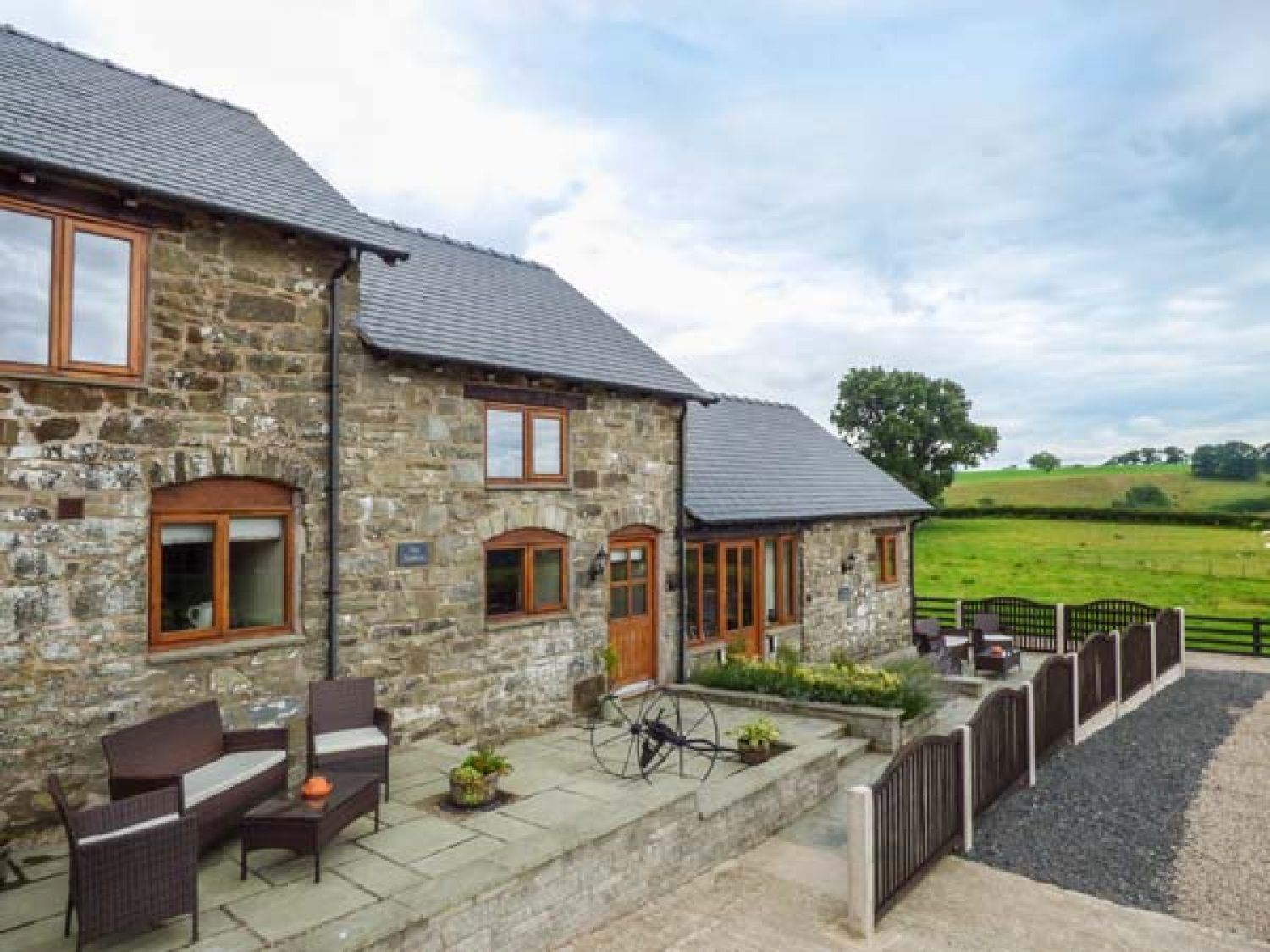 The Stables - Mid Wales - 923846 - photo 1