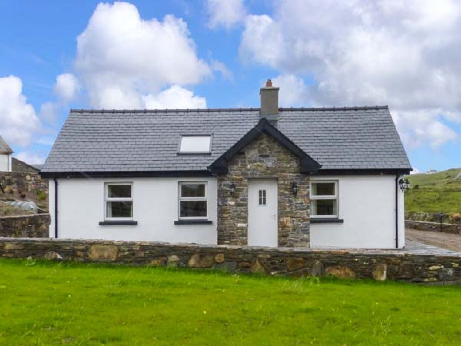 Farmhouse - County Clare - 925545 - photo 1