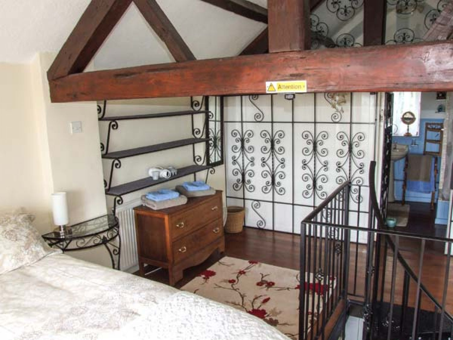 The coach house west malvern self catering holiday cottage the coach house photo 10 solutioingenieria Images