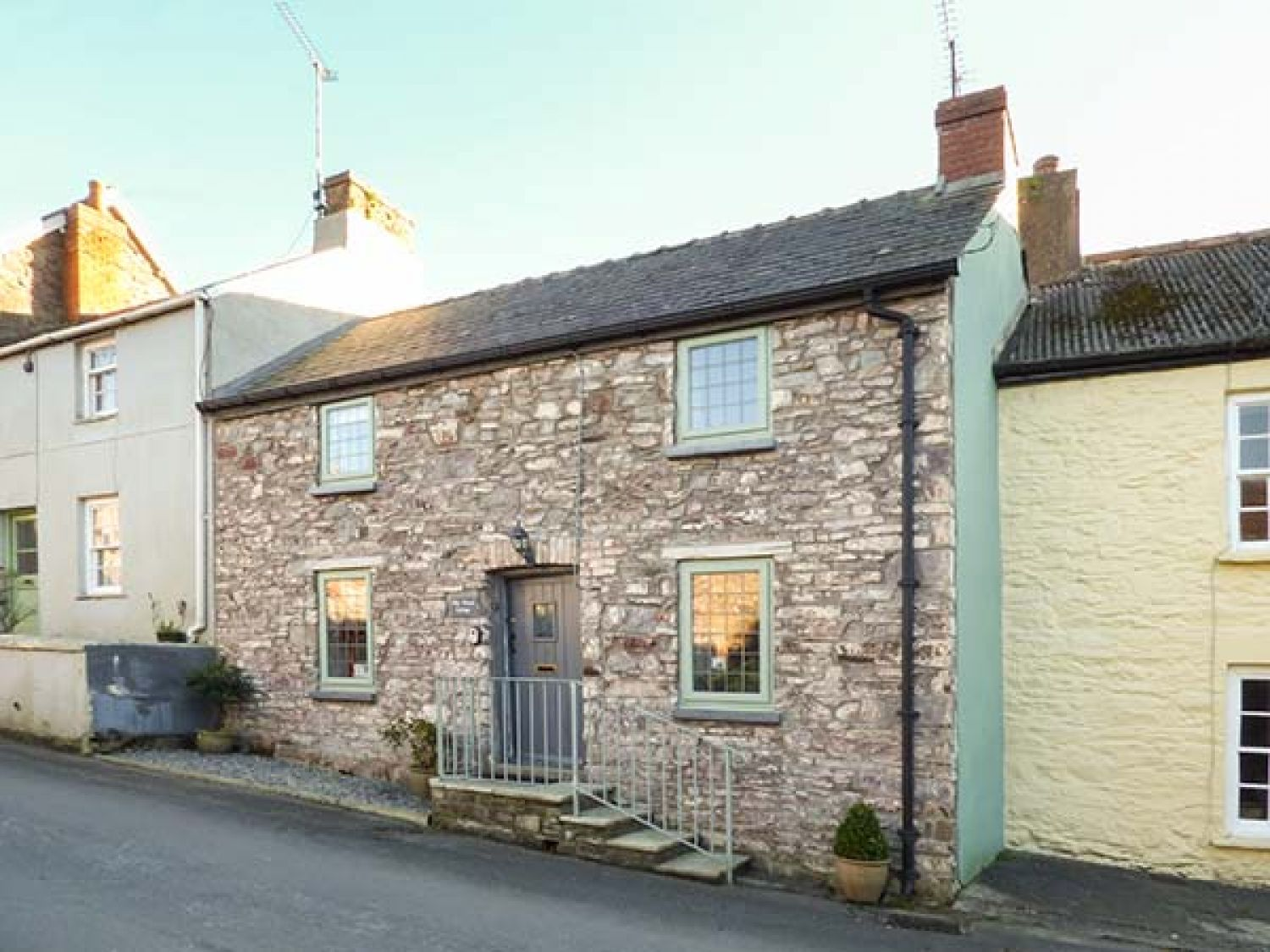 Milk Wood Cottage - South Wales - 927579 - photo 1