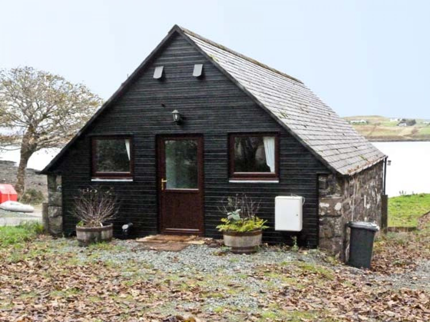Greshornish Boathouse - Scottish Highlands - 9279 - photo 1