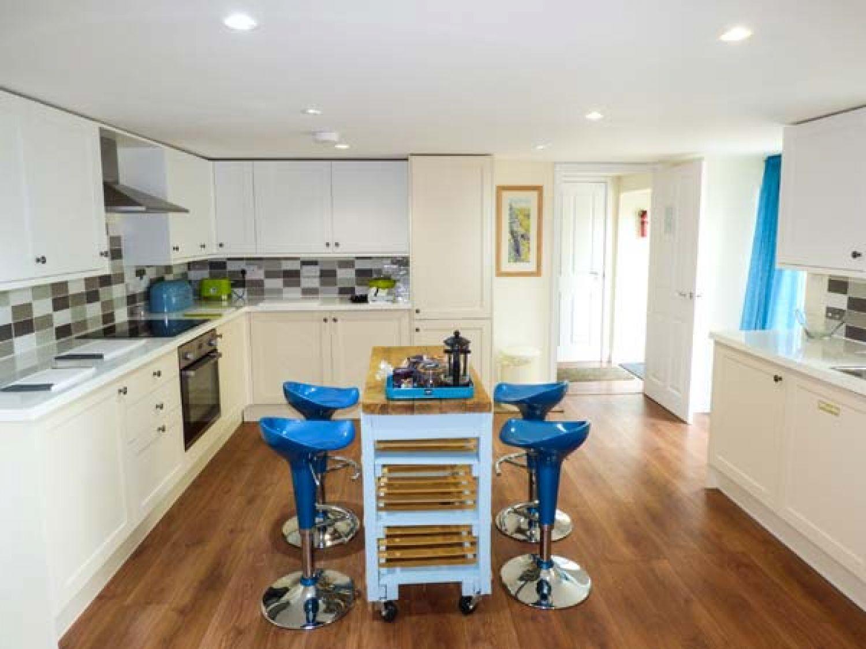 Wunderbar Kran Ansicht Küchen Belfast Fotos - Ideen Für Die Küche ...