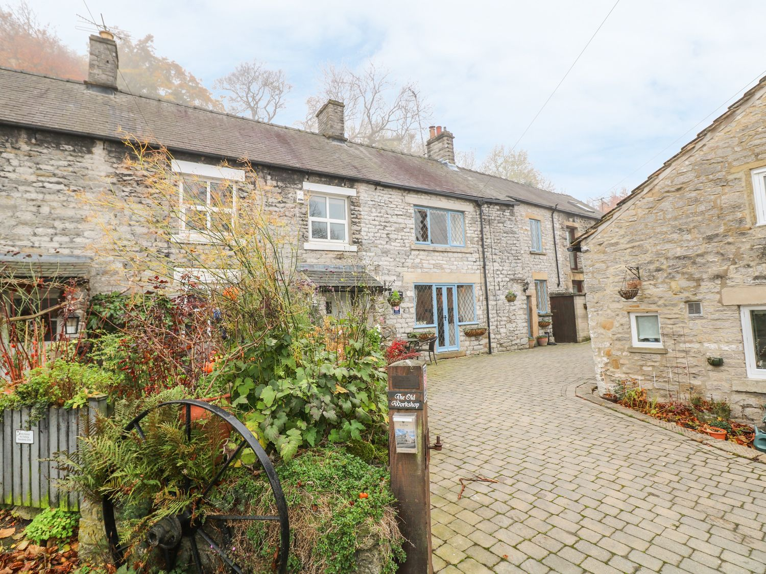Laburnum Cottage - Peak District - 934071 - photo 1