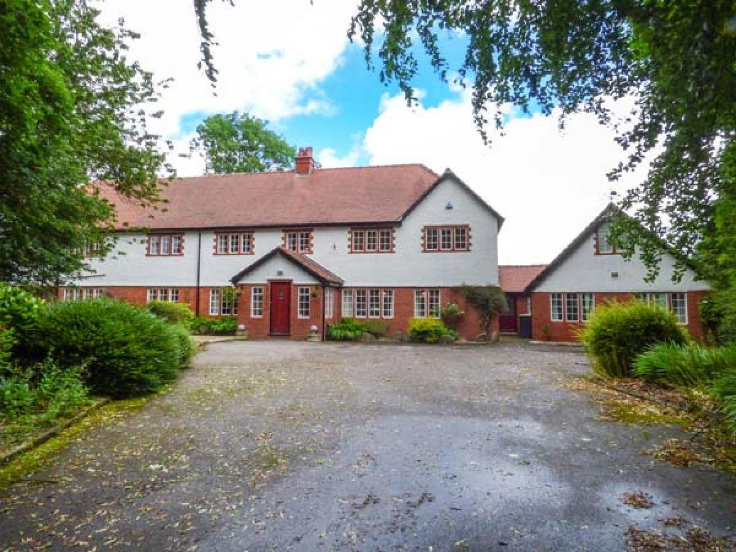 Aeolus Buxton Burbage Peak District Self Catering Holiday Cottage