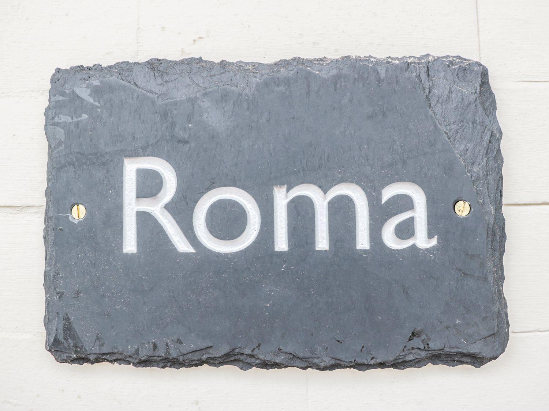 Roma | Rhôs-on-sea | Self Catering Holiday Cottage