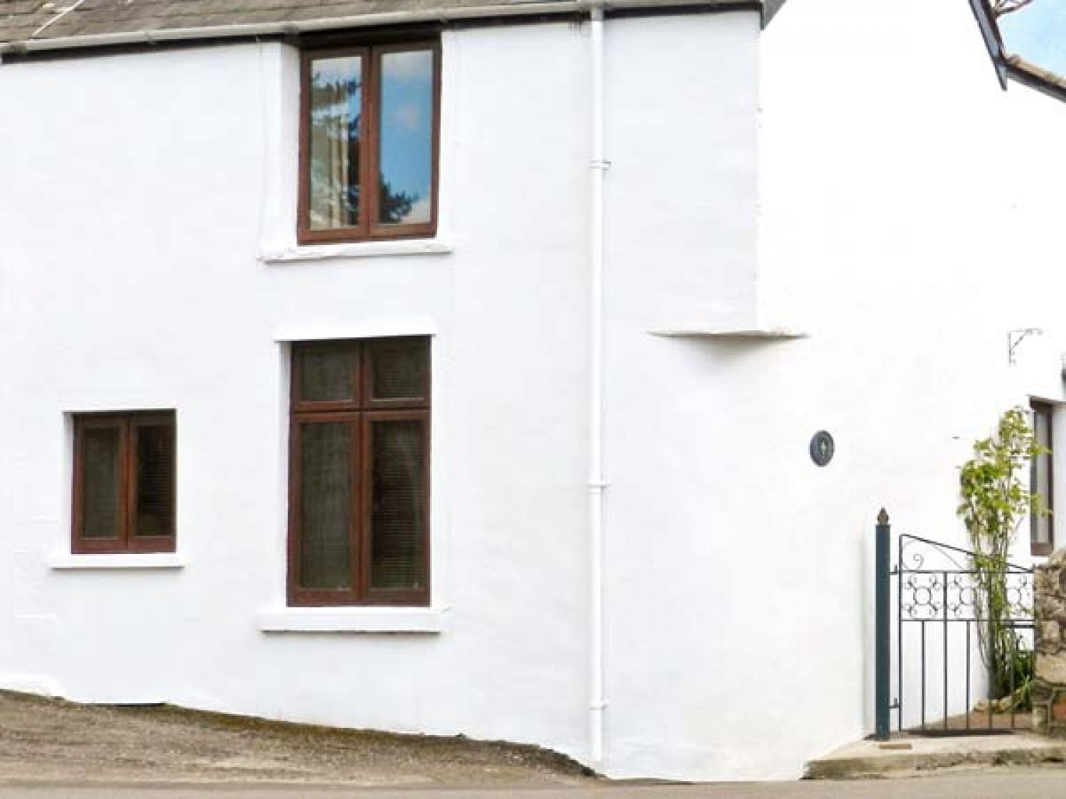 Corner Cottage - South Wales - 936468 - photo 1
