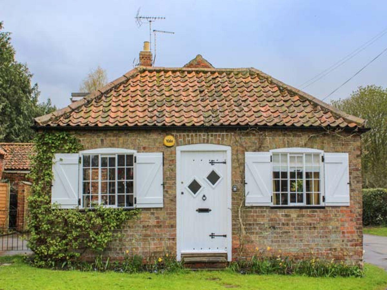 Wisteria Cottage - Lincolnshire - 937715 - photo 1