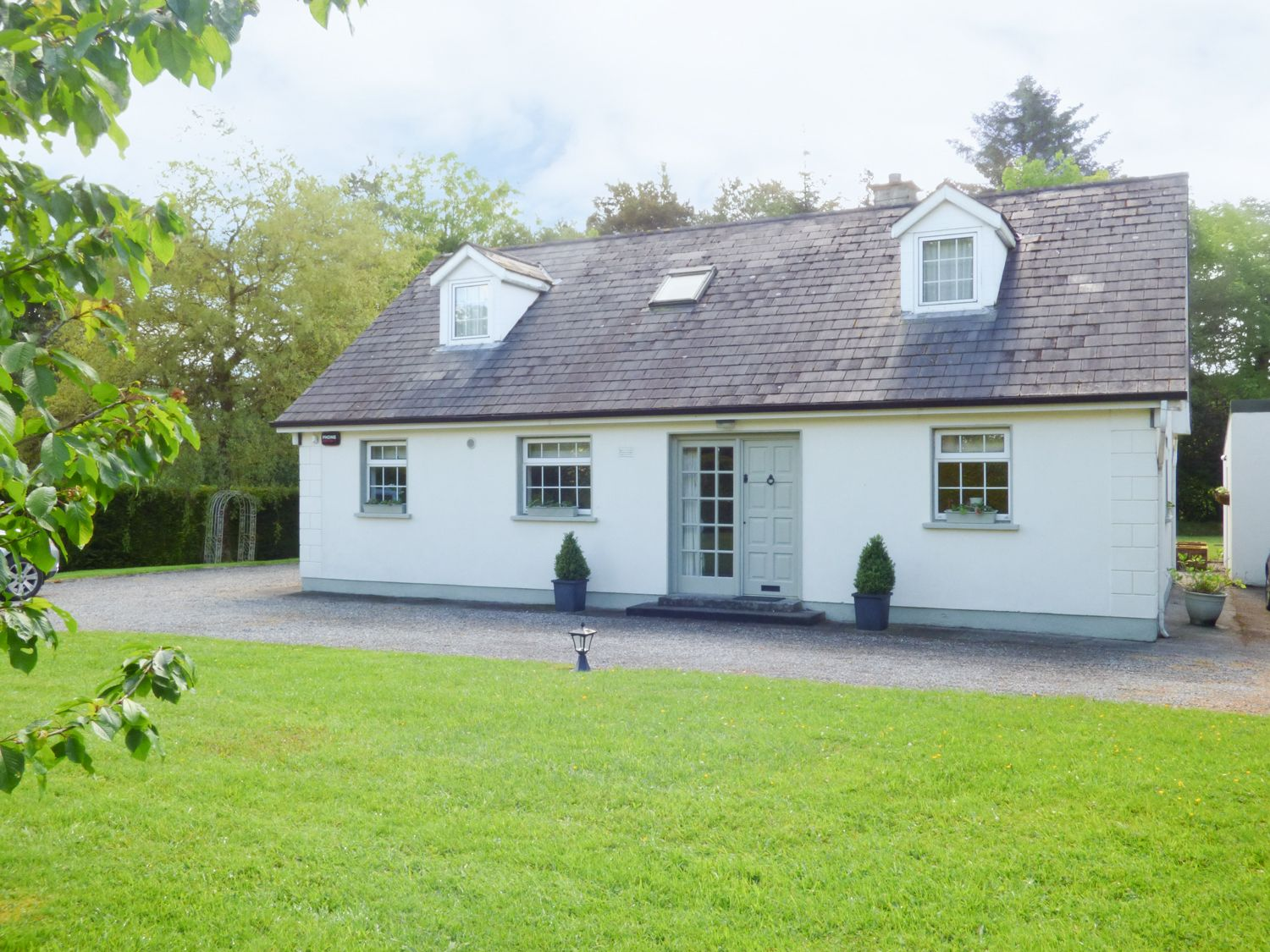 Woodbine Cottage - East Ireland - 938295 - photo 1