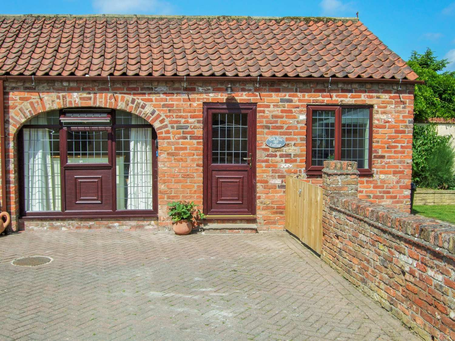 Oak Tree Cottage - Whitby & North Yorkshire - 942380 - photo 1