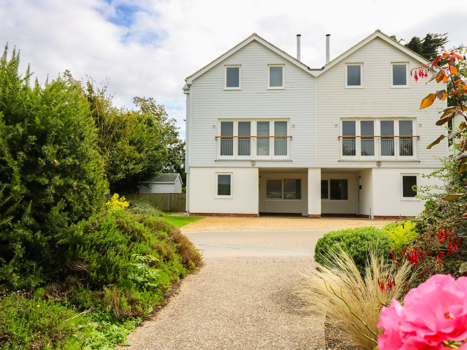 Five Bedroom House At The West Bay Club & Spa | Yarmouth | Norton ...
