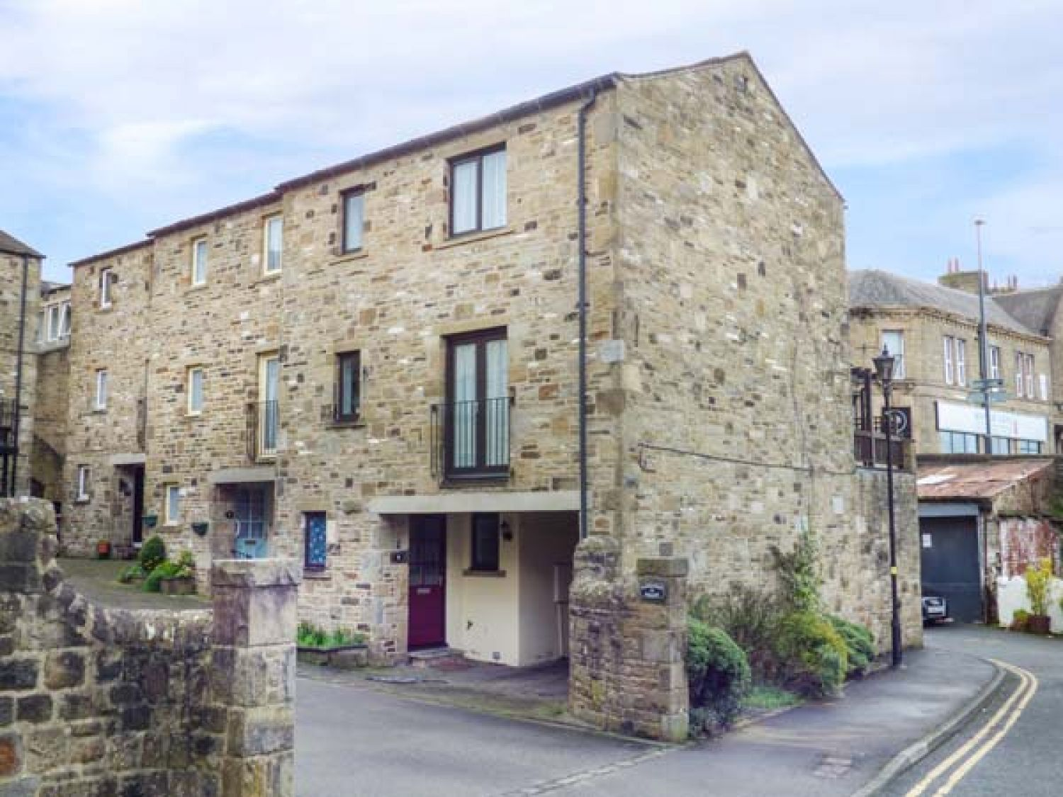 9 Navigation Square - Yorkshire Dales - 943976 - photo 1